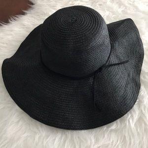🆕 Loft Sun Floppy hat Black